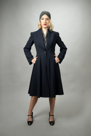 Verena taillierter Mantel im Stil der 40er